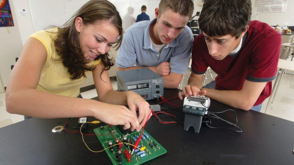 лабораторні роботи та дослідження з фізики